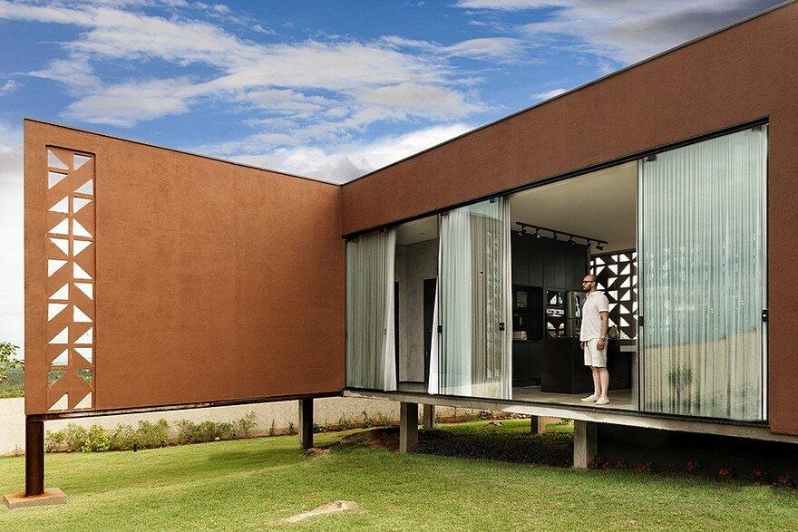 Casa Clara in Brasilia / 1:1 Arquitetura Design