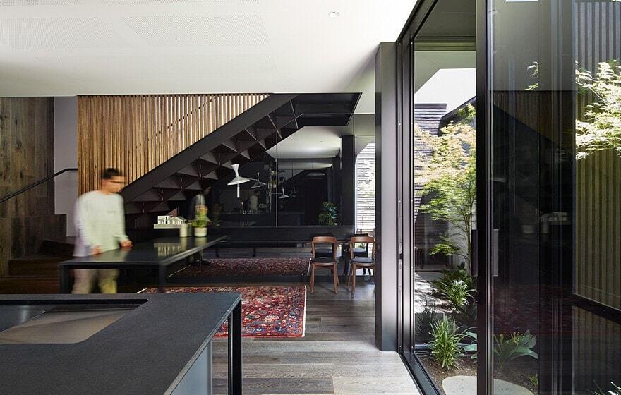 Elgin Street Residence / Sonelo Design Studio