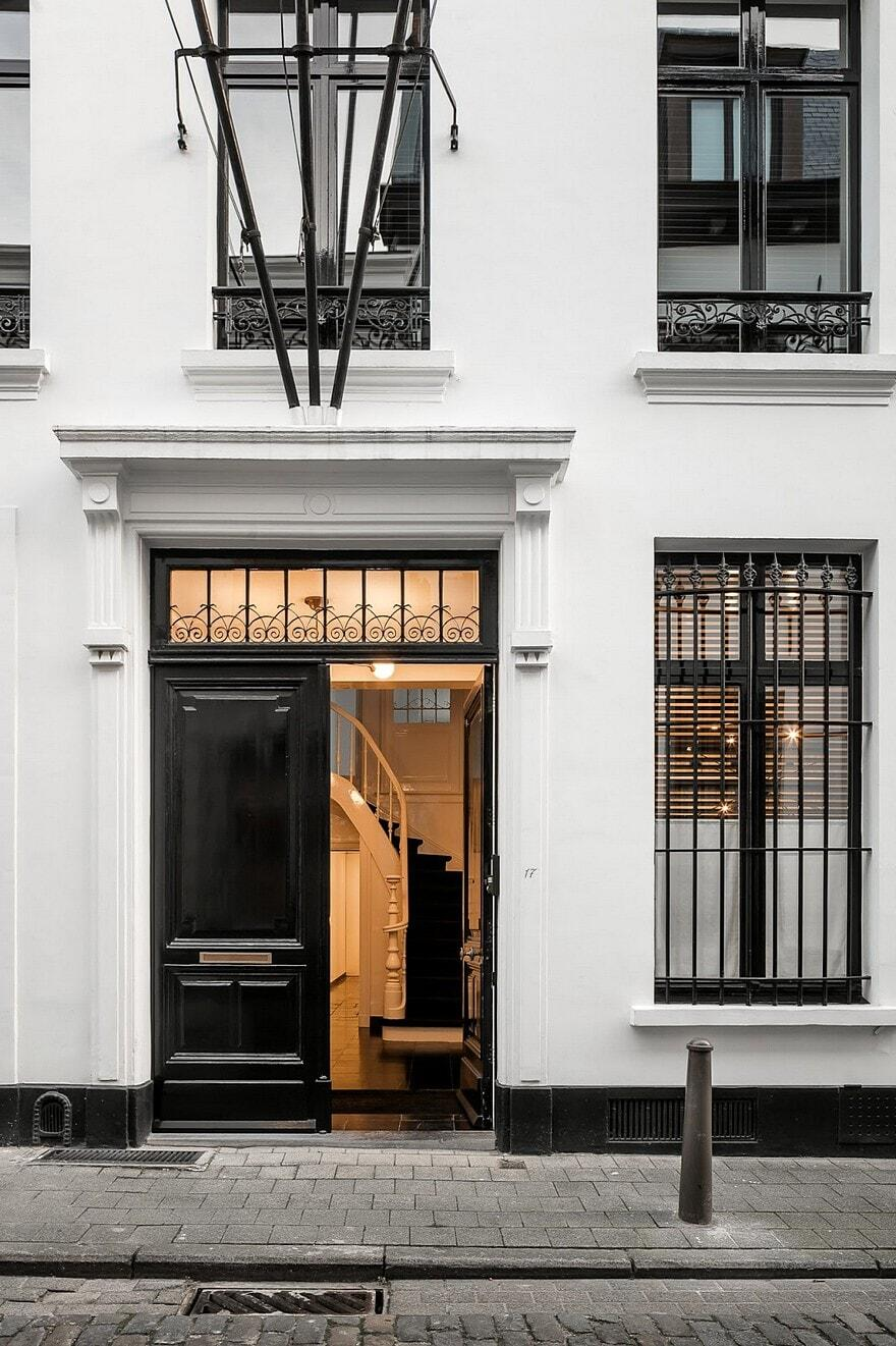 mk house in antwerp nicolas schuybroek architects. Black Bedroom Furniture Sets. Home Design Ideas