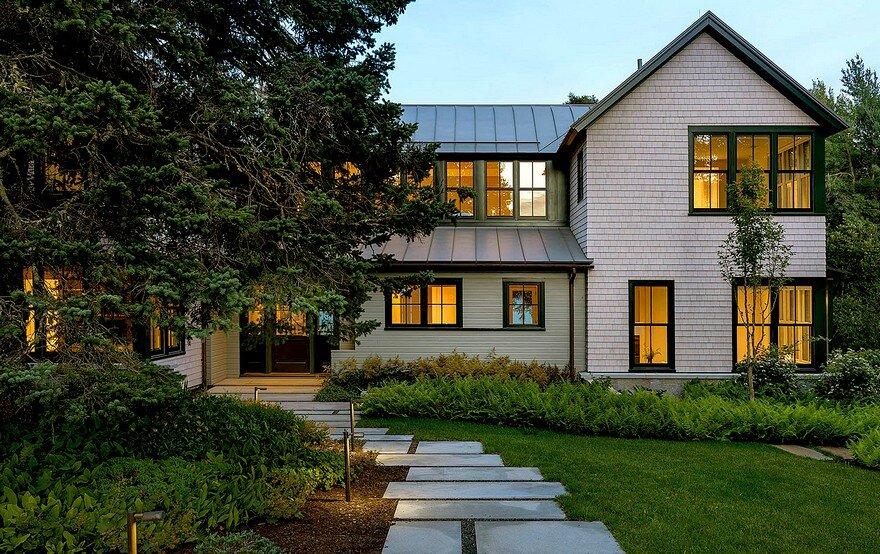Maine Coast Summer House Hamilton Snowber Architects