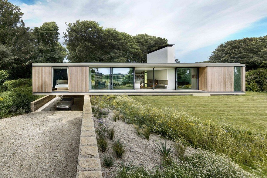 The Quest House / Strom Architects