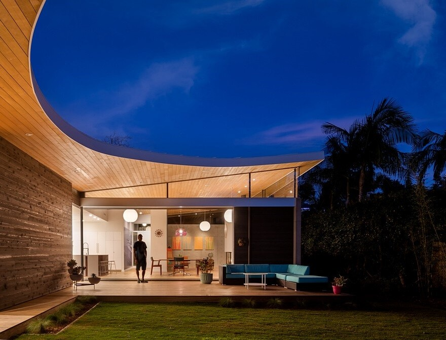 California Coastal Home with an Original and Bold Curvilinear Roof
