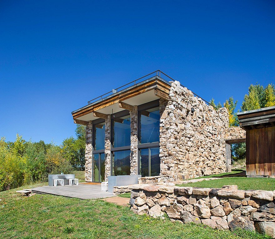 Barn Studio in Aspen, Colorado / Rowland + Broughton