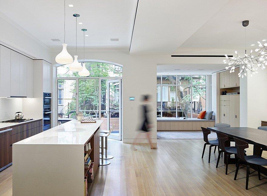 Brooklyn Townhouse / Murphy Burnham Buttrick Architects