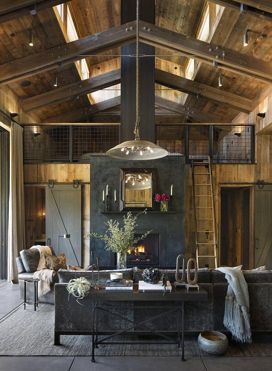 Rustic Lodge Decorating Ideas