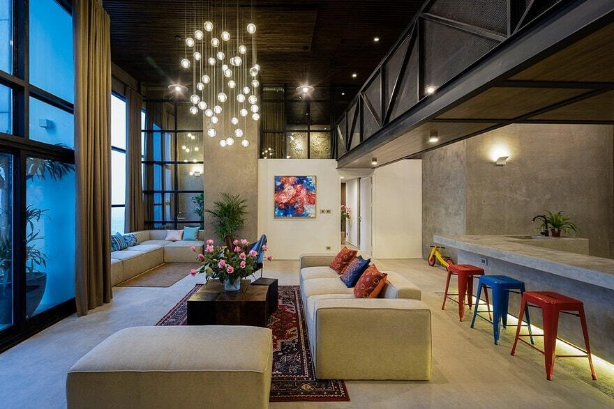 Party Apartment in Hanoi / Nghiêm Phong and Đào Thành