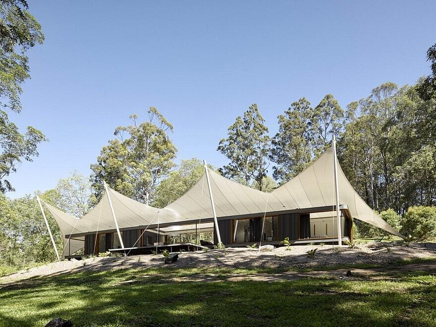 Verrierdale tent house sparks architects for Tent a house