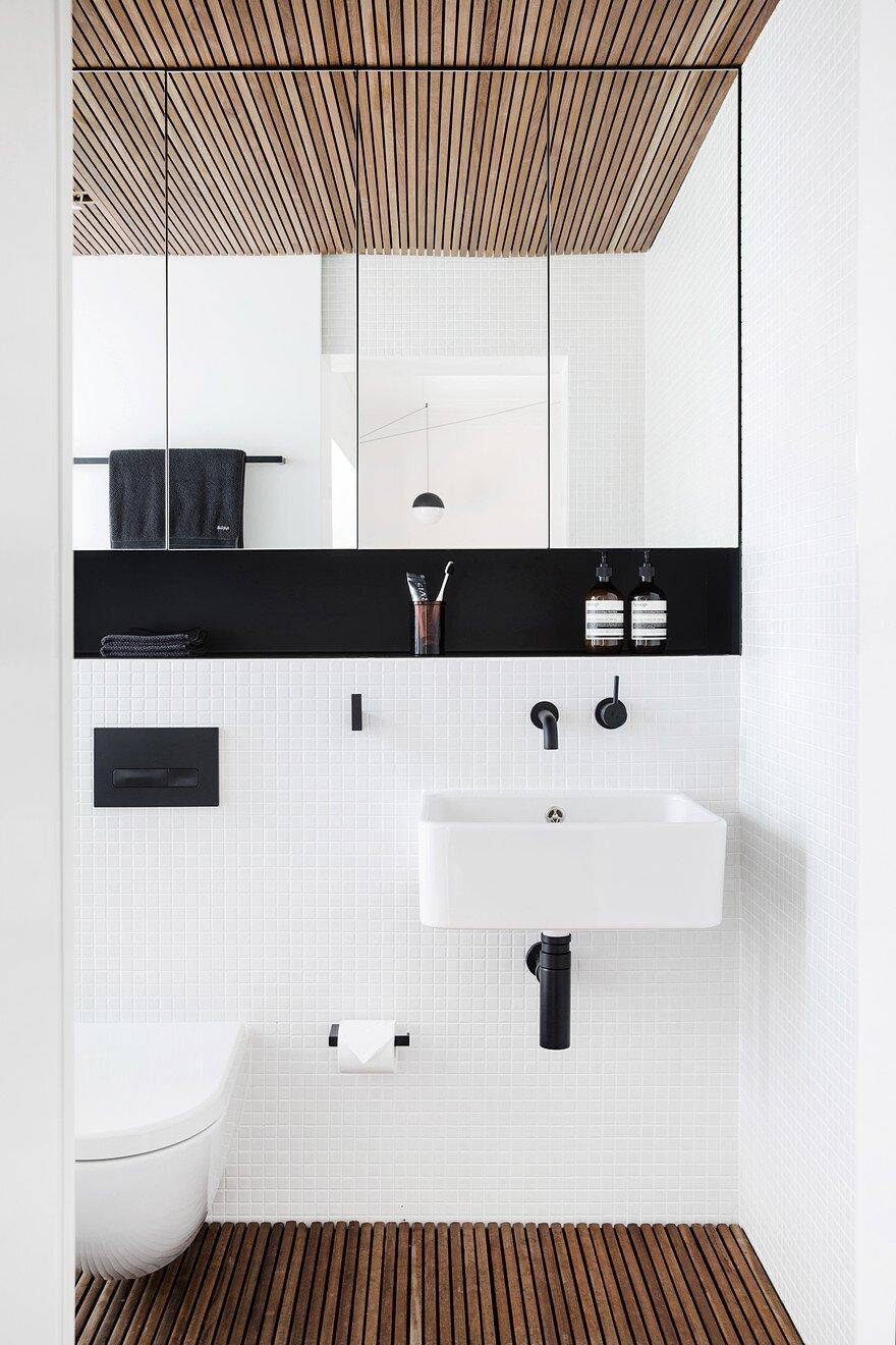 22 sqm Art Deco Studio Apartment in Sydney\'s Inner City