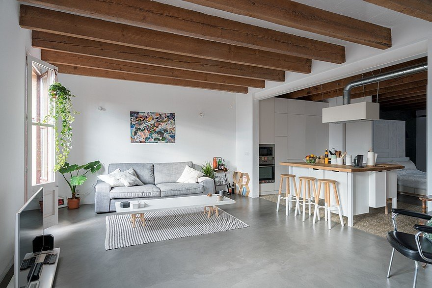 75 sqm Apartment Rehabilitation in a Old Building in Barcelona
