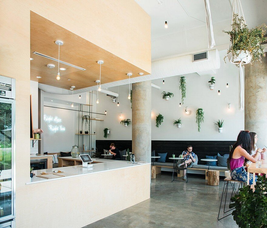 Commercial Interior Finish Out In Austin / Juice Society By MF Architecture