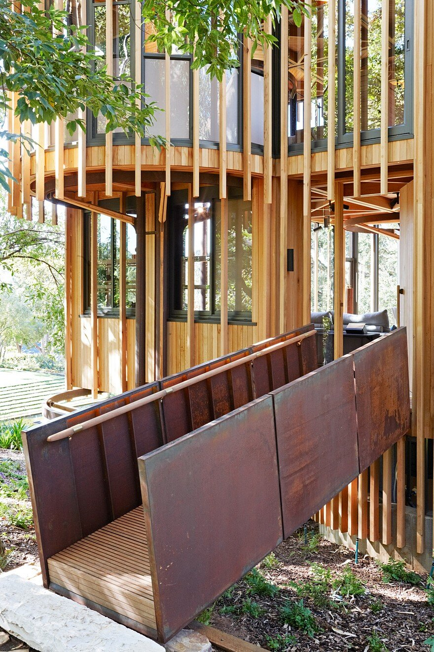 Contemporary Cabins Contemporary Tree House Inspired By Timber Cabins In Cape Town