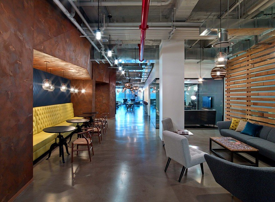 First Office Space For Cond 233 Nast Entertainment Features A