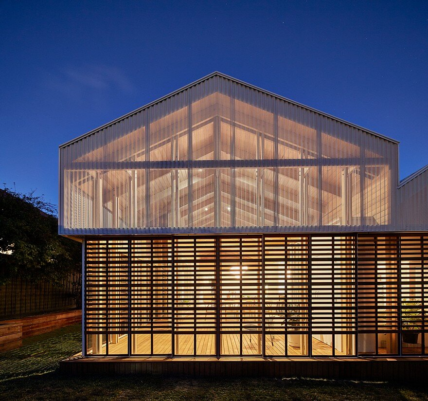 Make Architecture Adapted Japanese Sliding Timber Screens