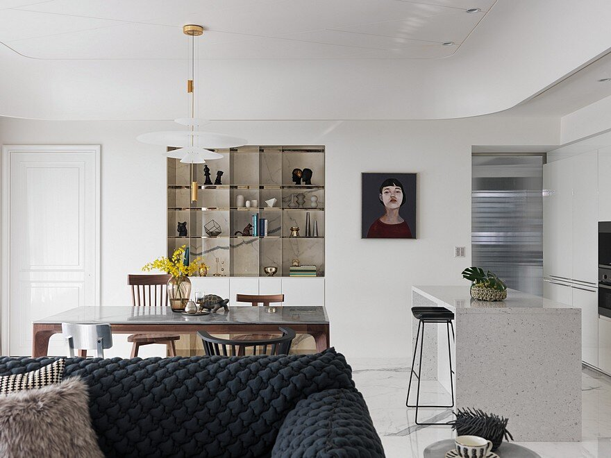 Well-Furnished Apartment Inspiring a Comfortable Lifestyle