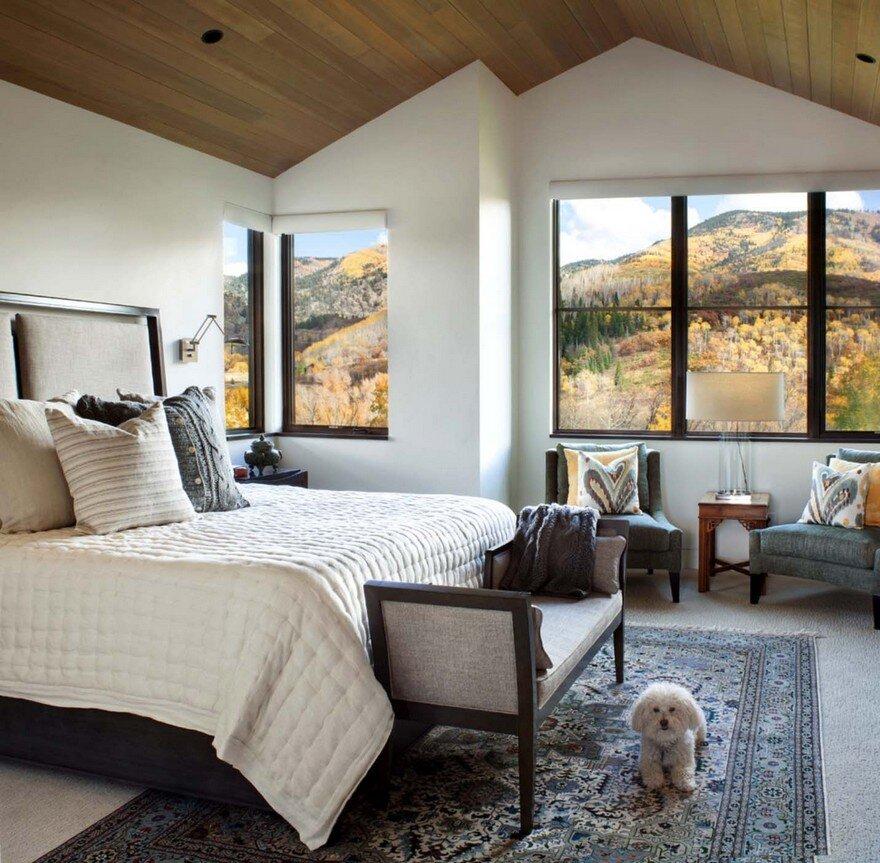Mountain Ridge Apartments: Boulder Ridge Mountain Retreat Featuring Contemporary Elegance