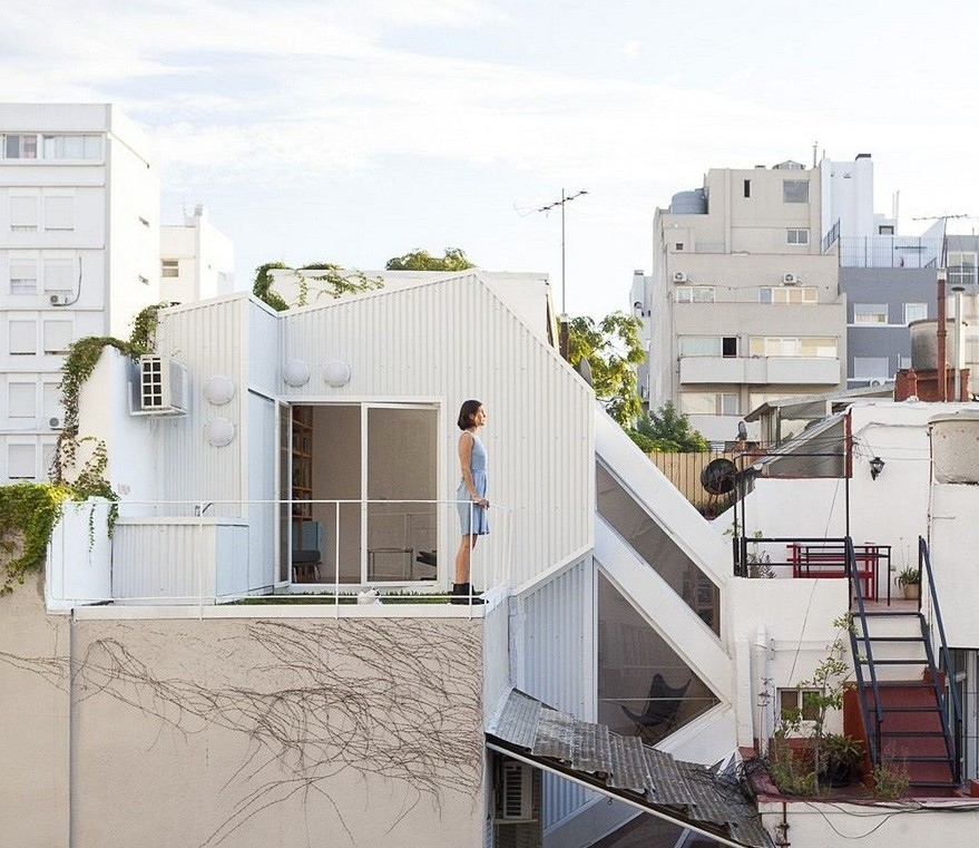 This House Extension in Buenos Aires Got a Contemporary Design Makeover