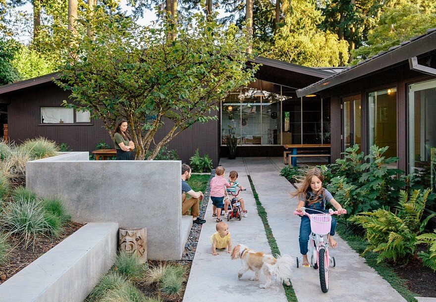 Mid-Century House Upgraded by Jessica Helgerson Interior Design