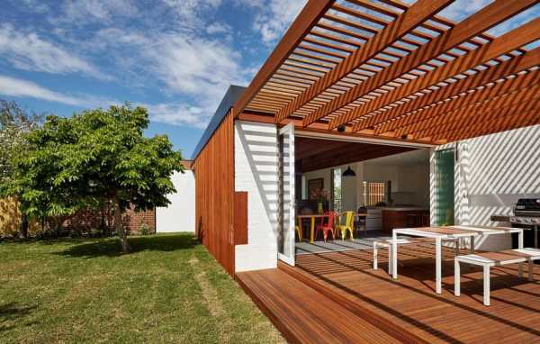 Contemporary Sustainable Residence Designs with Green and Clean Concept