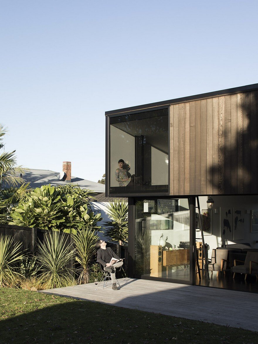 Modern steel framed home with extensive views over auckland for Modern steel frame homes