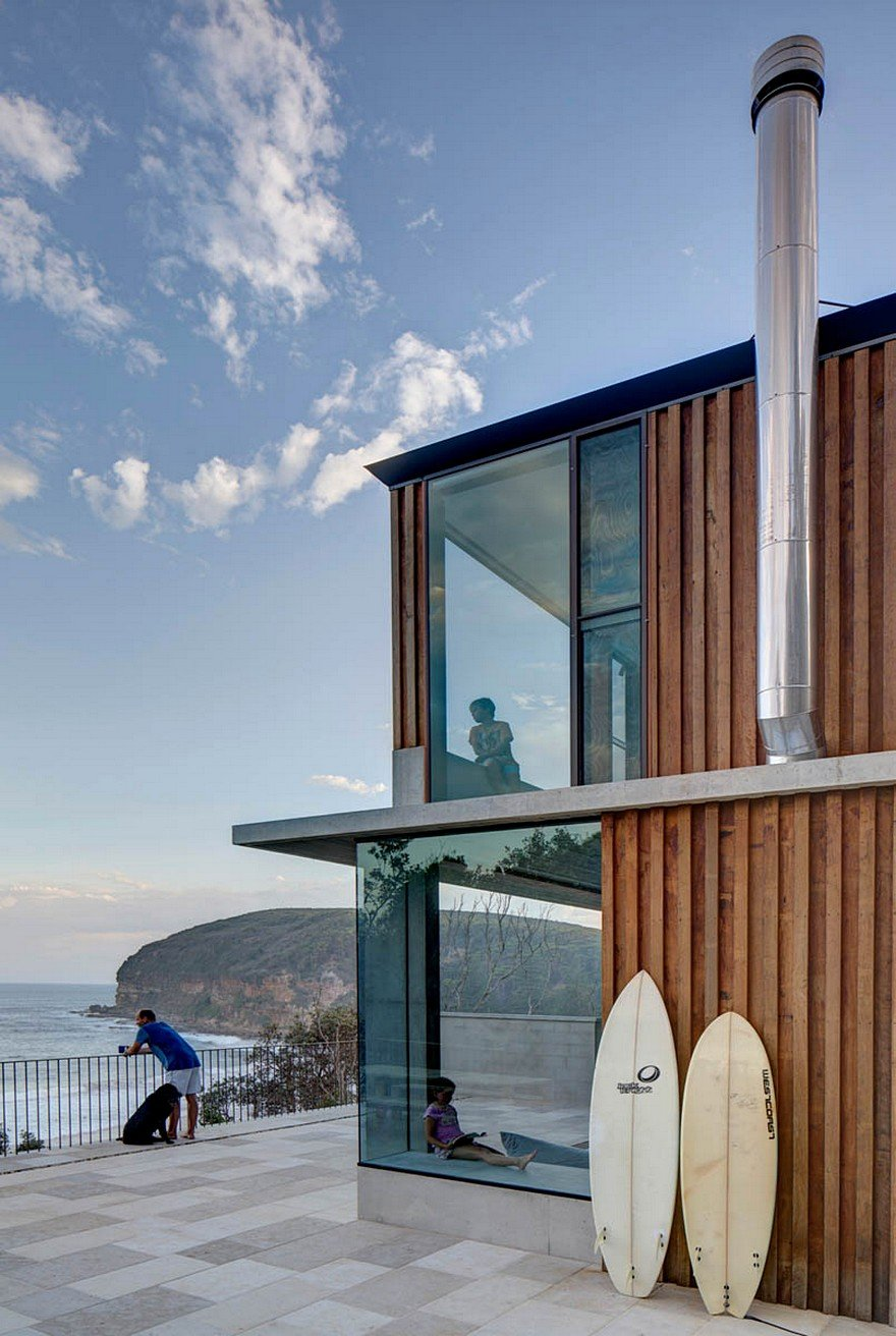 Tiny Home Designs: Small Beach House By Polly Harbison Design