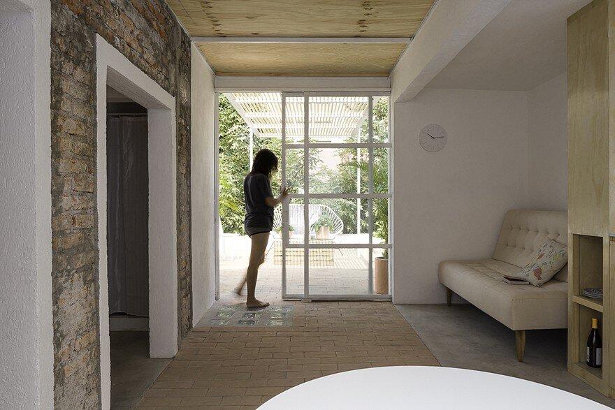 Small Studio Apartment Designed By The Mexican Studio