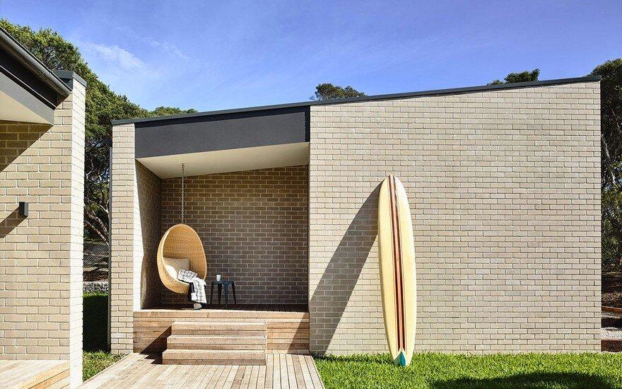 Coastal Holiday House with a Retro Vibe at Sorrento on Victoria's Mornington Peninsula