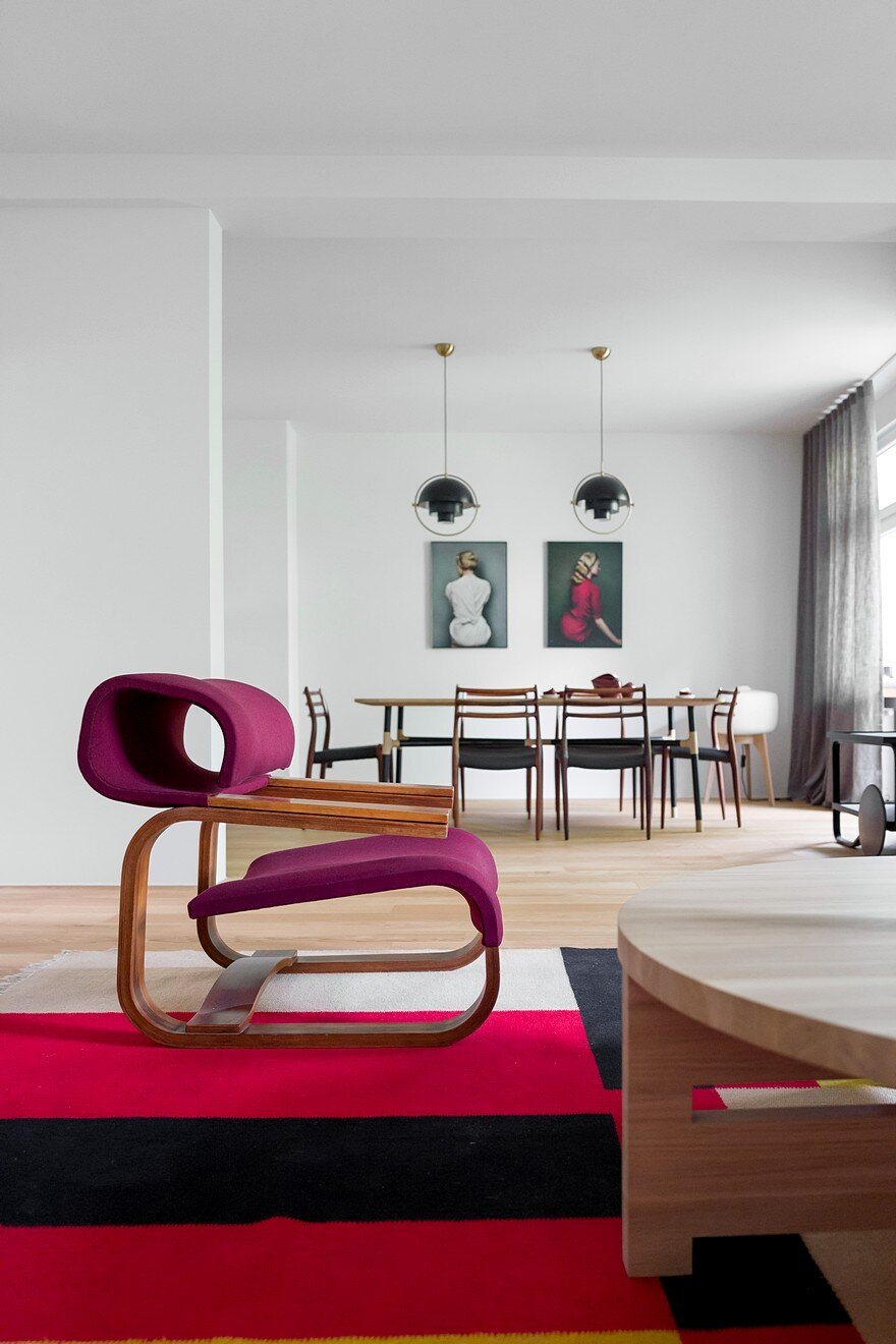 Tasteful Display Of Contemporary Design In A Cozy