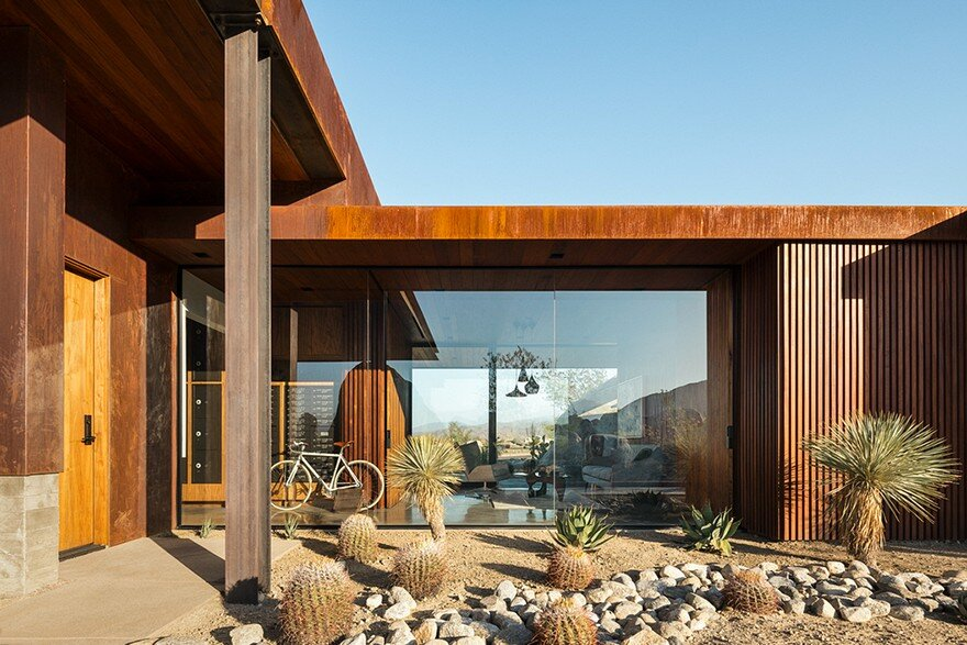 Desert Palisades Guard House by Studio AR&D Architects