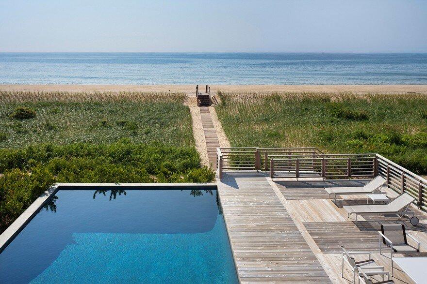 Ocean Pond Residence in Long Island, New York