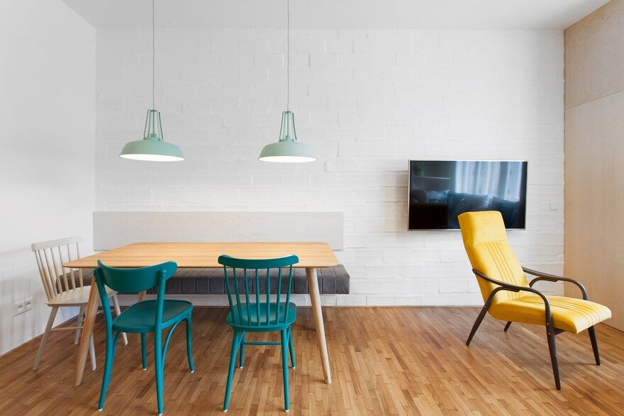 Atelier 111 Architekti Connected Two Housing Units To Create One Big Apartment 5