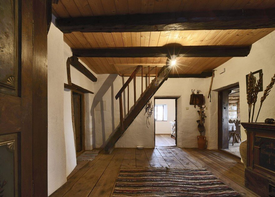 Creative Extension To A Traditional South Tyrolean Farmhouse