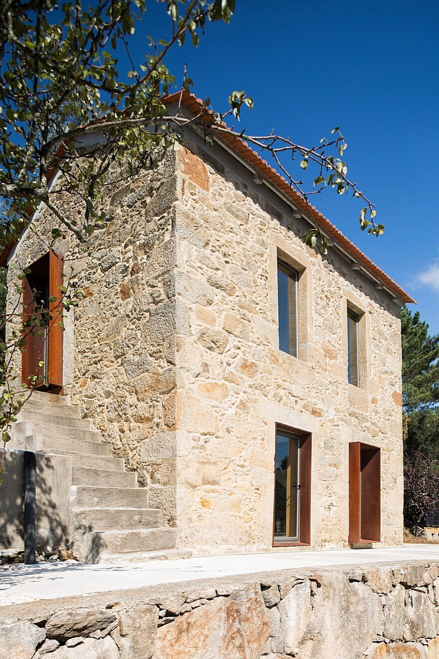 Portuguese Traditional House Adapted By Paulo Martins For