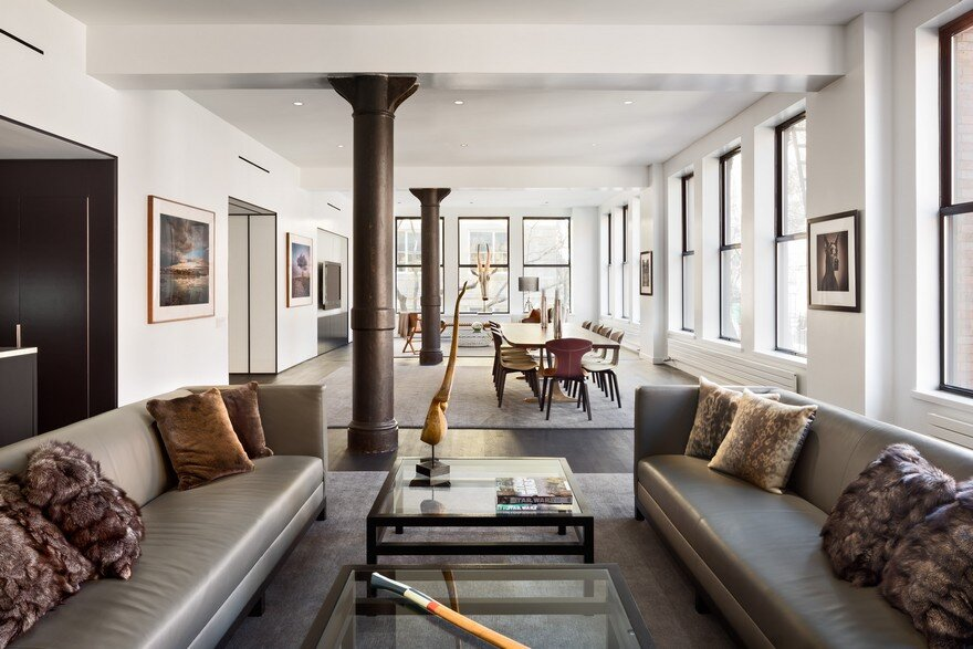 sophisticated masculine loft apartment in soho new york city. Black Bedroom Furniture Sets. Home Design Ideas