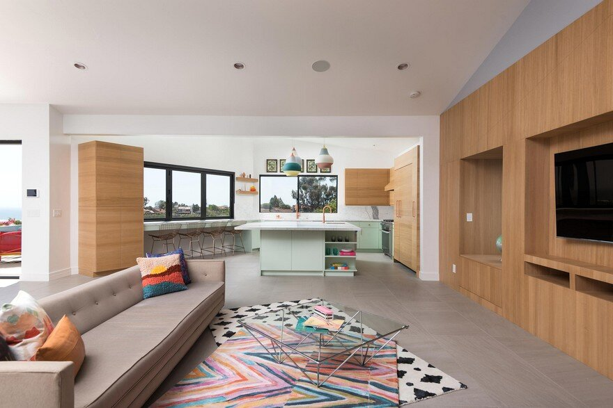 80 S Classic Home Turned Into A California Cool Modern Space