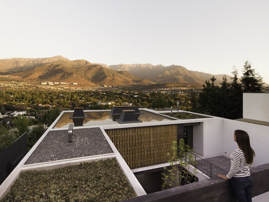 Beautiful Home in Chile With Panoramic View Over the City