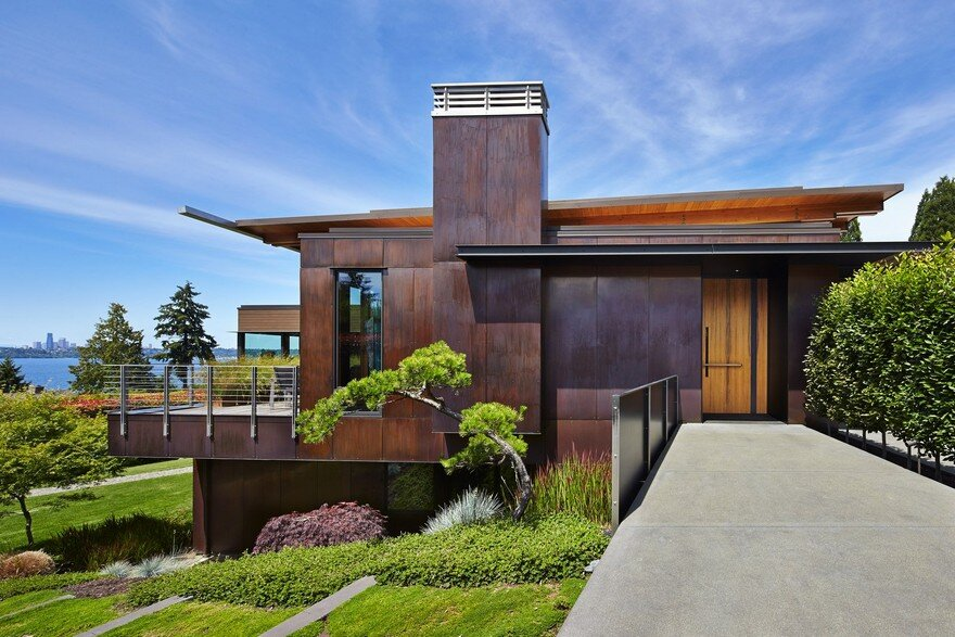 Brook Bay Residence by SKL Architects