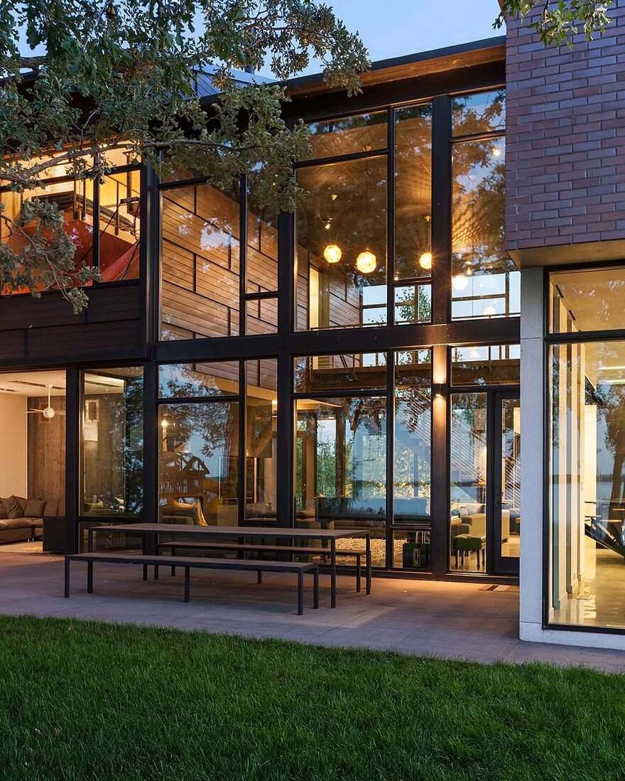 Industrial Home Design Spectacular Modern Industrial Home: Industrial Modern House Designed To Promote The Outdoors