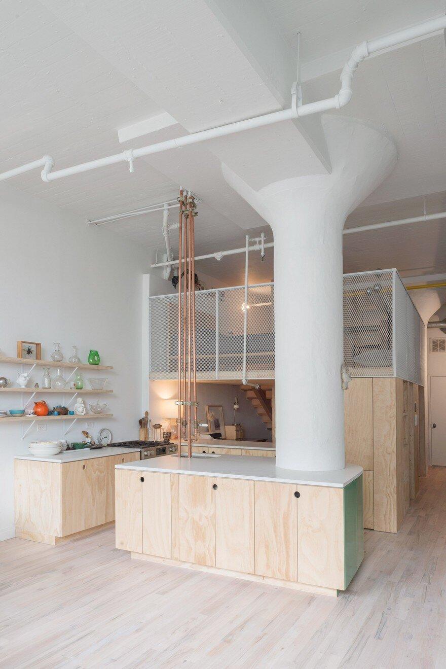 industrial style loft renovated for a new york based fashion designer. Black Bedroom Furniture Sets. Home Design Ideas