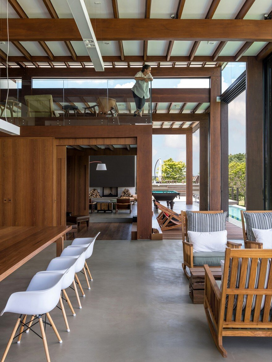 Modern residence in sao paulo defined by architecture symmetry - Residence secondaire candida tabet architecture ...