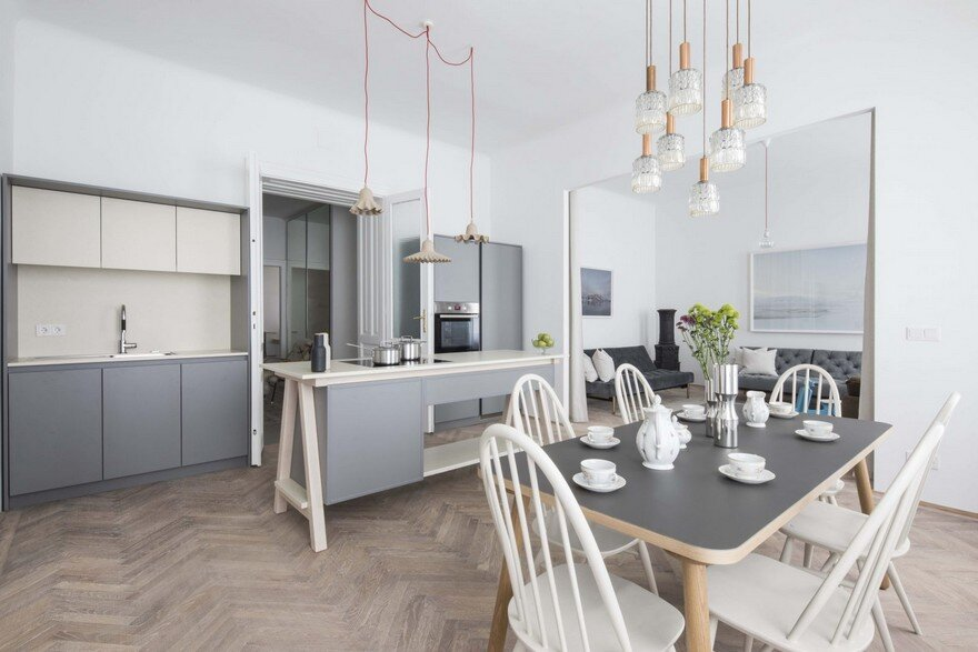 Old Classic Viennese Apartment Modernized and Refurbished by Destilat