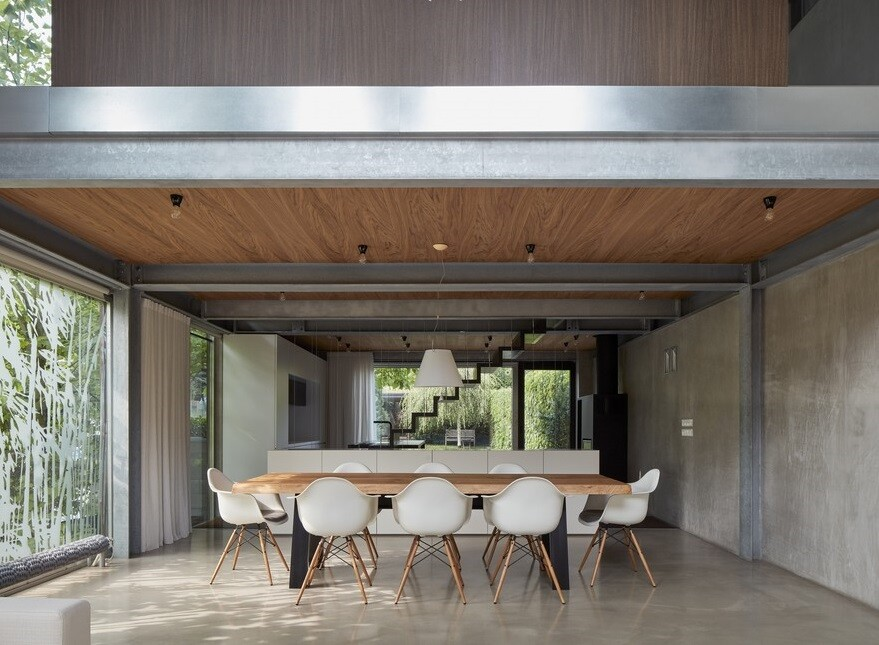 Rusty House: Functional and Aesthetic Redesign of the Interior