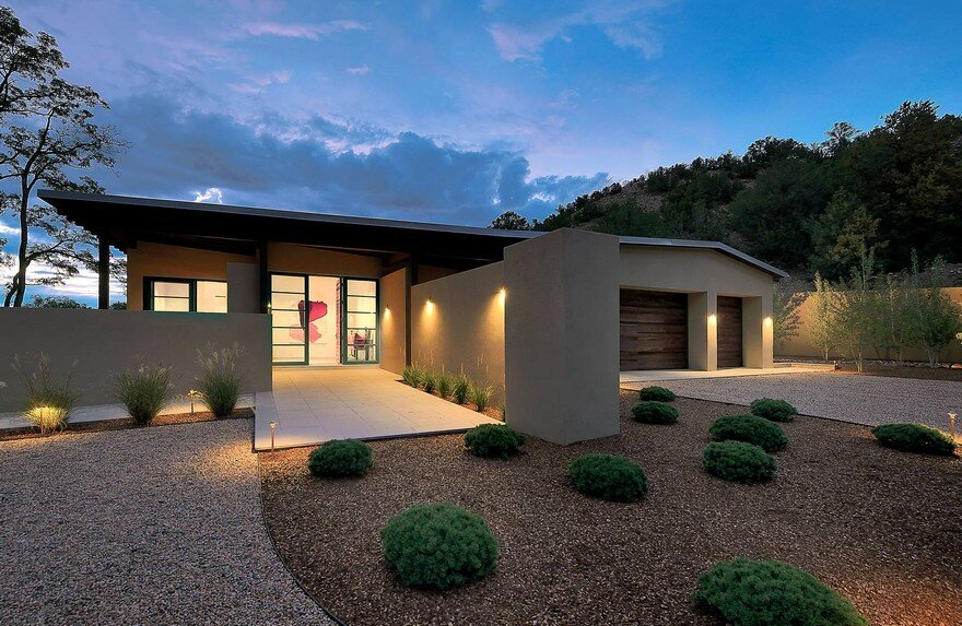 Santa Fe Contemporary Home Designed to Showcase an Art Collection