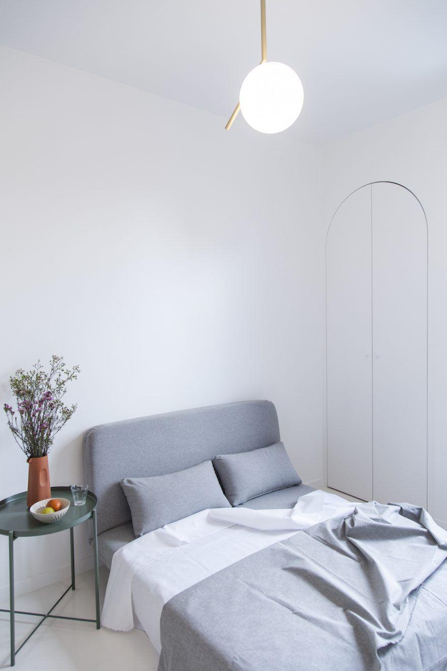 11 sqm paris studio apartment by batiik studio. Black Bedroom Furniture Sets. Home Design Ideas