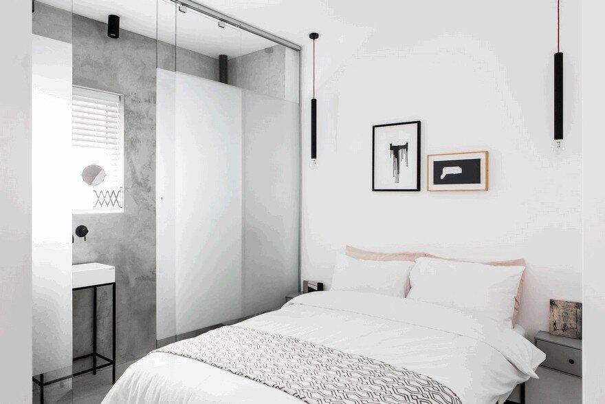 terrific black white minimalist apartment   Minimalist Interior Showcased by Black & White Apartment ...