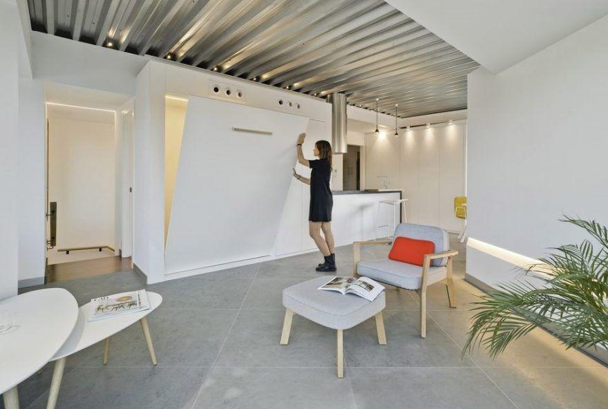 Minimalist Light-Flooded Attic Apartment in Alicante, Spain