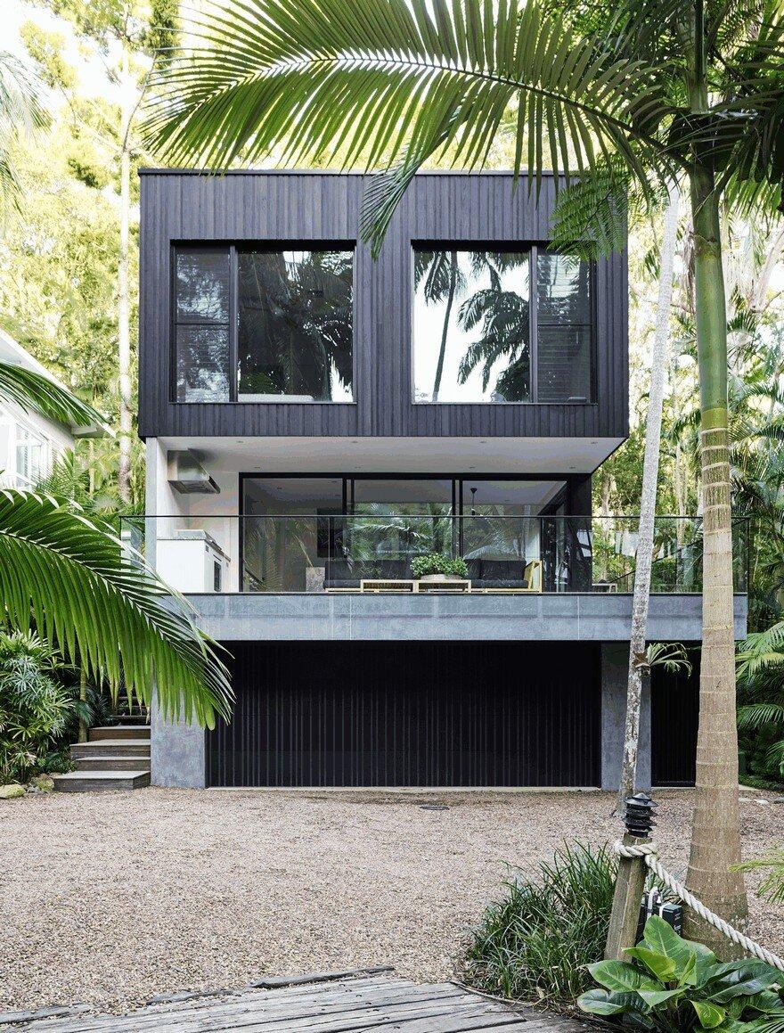 Modern coastal house nestled in the lush australian rainforest for Modern coastal homes