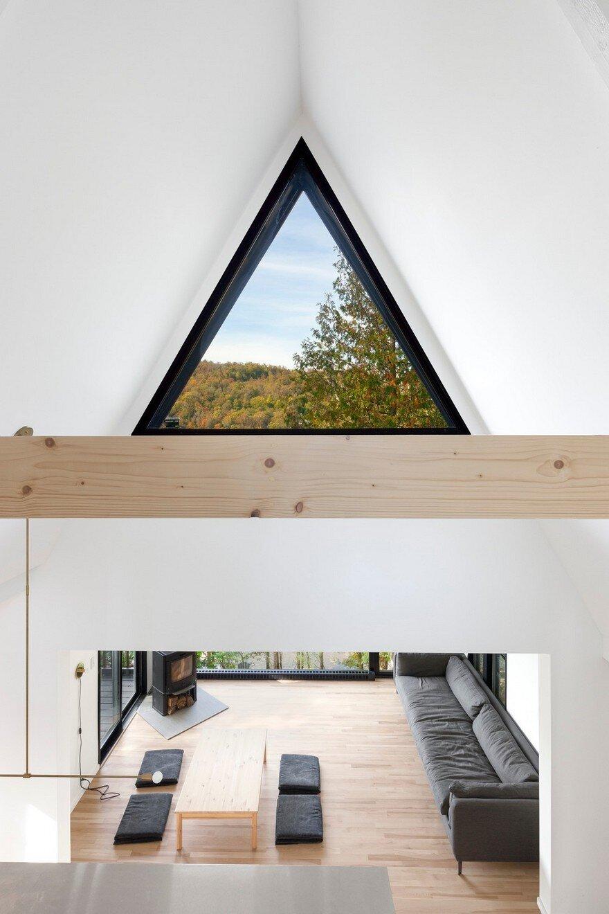 a frame cottage by jean verville architecte. Black Bedroom Furniture Sets. Home Design Ideas