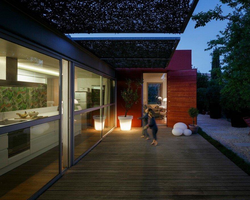 GOM House / (ma!ca) architecture