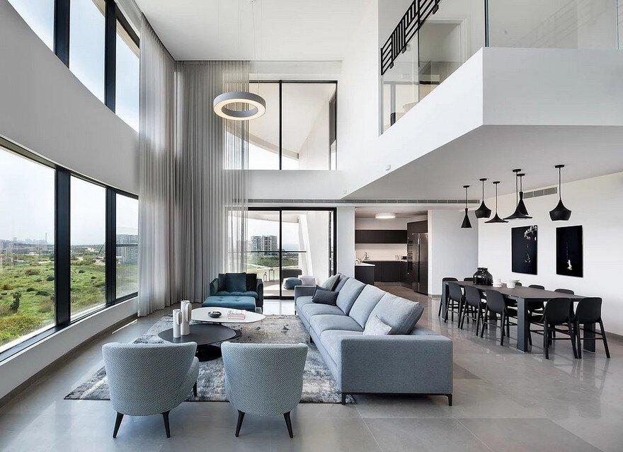 Modern Duplex Apartment Overlooking The Tel Aviv Beaches