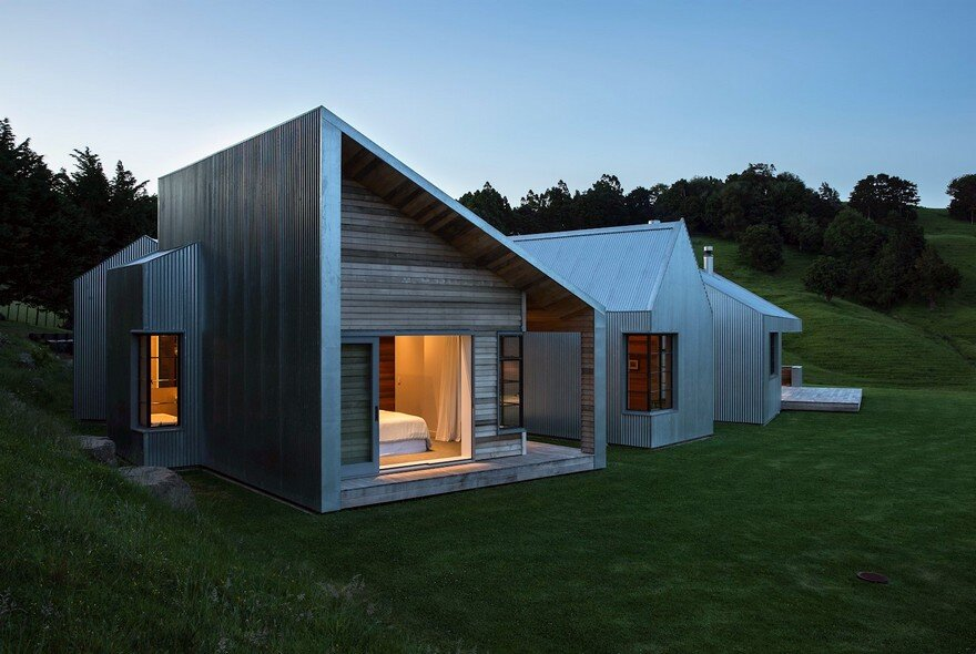 Pukapuka Road House by Belinda George Architects